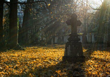 wiejski_cmentarz
